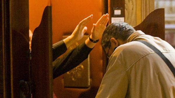 Nota da Penitenciaria Apostólica recorda normas para confissões em tempo de calamidade.