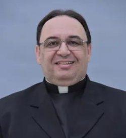 O Papa Francisco nomeou novos Bispos para o Brasil: Dom Estevam dos Santos para Rui Barbosa, na Bahia e  Pe. Adimir Mazali para a Diocese de Erexim, no Rio Grande do Sul.