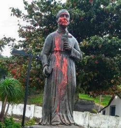 Imagem de São José de Anchieta atacada e vandalizada no Espírito Santo