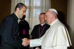 A mudança do secretário pessoal do Papa faz parte de uma movimentação normal de pessoas com cargos na Cúria Romana, norma pré-estabelecida por Francisco.