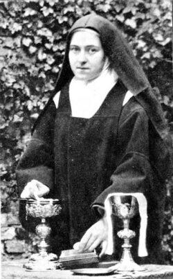 Guerras, revoluções, atentados, pandemias, nada impediu que as monjas da Basílica do Sagrado Coração de Jesus interrompessem a Adoração Perpétua.