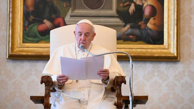 """É simples, todos nós podemos rezar assim, quase sem palavras: """"Senhor, aquilo que quiser, quando quiser, e como quiser!"""""""