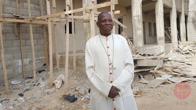 Ataque do Boko Haram na véspera de Natal, deixou onze mortos, duas igrejas arrasadas e levou o bispo nigeriano a denunciar a situação e insistir que a violência islâmica está condenada.