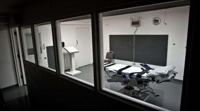 Suprema Corte Americana decide pela presença de sacerdotes na hora da execução de um condenado à morte.