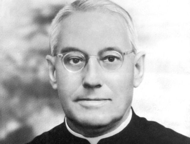 Papa reconheceu as virtudes heroicas de 7 Servos de Deus. Entre eles está o Padre Albino Alves da Cunha que viveu no Brasil exercendo seu múnus sacerdotal em Catanduva.