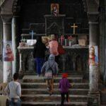 O que o Estado Islâmico fez foi terrível e inconcebível para nós. Mas agora a igreja foi reconstruída e estamos felizes. Em Qaraqosh vê se a cruz na torre destruída e se lembra que o Estado Islâmico não venceu.