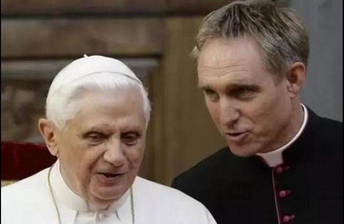 Bento XVI reconhece que a situação da Igreja Católica na Alemanha é atualmente caracterizada por tensões e confusão que são fonte de preocupação.