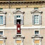 A partir do próximo domingo,18 de abril, a janela do Palácio Apostólico com vistas para a Praça São Pedro será reaberta e o Papa voltará a estar presente nela todos os domingos.