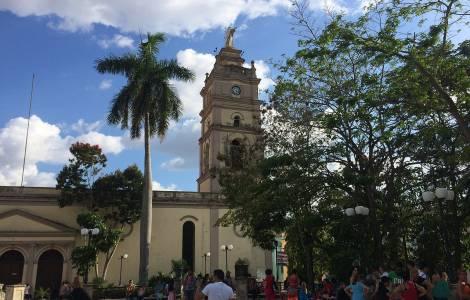 """Carta dos Religiosos de Camagüey denuncia: """"o povo está cansado e estressado, não pode mis, é uma situação insustentável""""."""