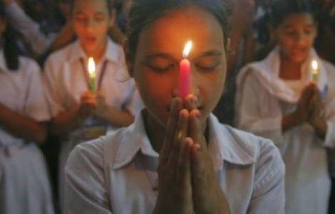 Sacerdotes, comunidades religiosas e fiéis passarão pelo menos uma hora em adoração diante do Santíssimo Sacramento em oração, meditando, rezando o Rosário, pedindo pelo fim da pandemia.